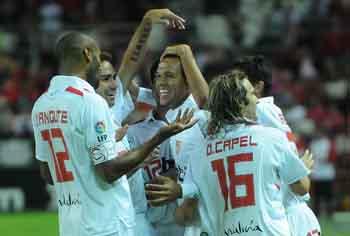 Sevilla FC 5 - CF At. Ciudad de Murcia 1: Sin despeinarse.