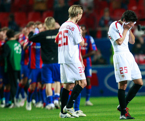 Sevilla F.C 1 - P.F.C CSKA Moskva 2. Dolorosa derrota.