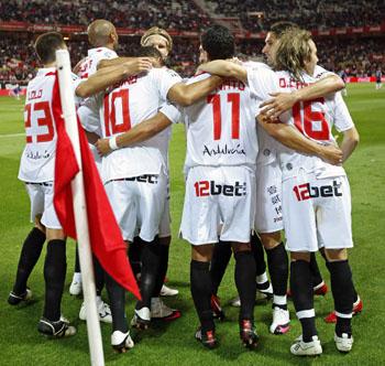 Sevilla F.C 3 – C.D. Tenerife 0.