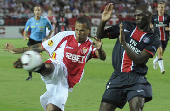 Sevilla F.C 0 - Paris Saint Germain 1. De catarro a gripe.