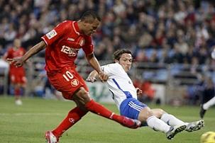 Real Zaragoza 1 – Sevilla F.C 2. La Champions a tiro de piedra.