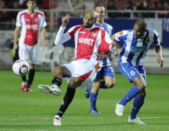 Sevilla F.C 1 – Porto F.C 2. A perro flaco..