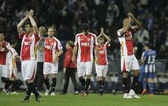 F.C. Porto 0 – Sevilla F.C 1. Con las patas colgando.
