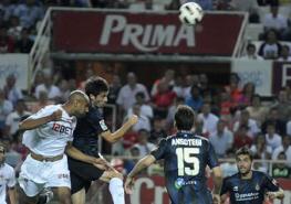Sevilla F.C. -  Real Sociedad de Futbol. Spahic por Alexis